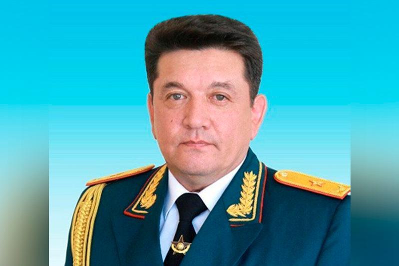 马拉特·胡赛恩沃夫出任国防部第一副部长
