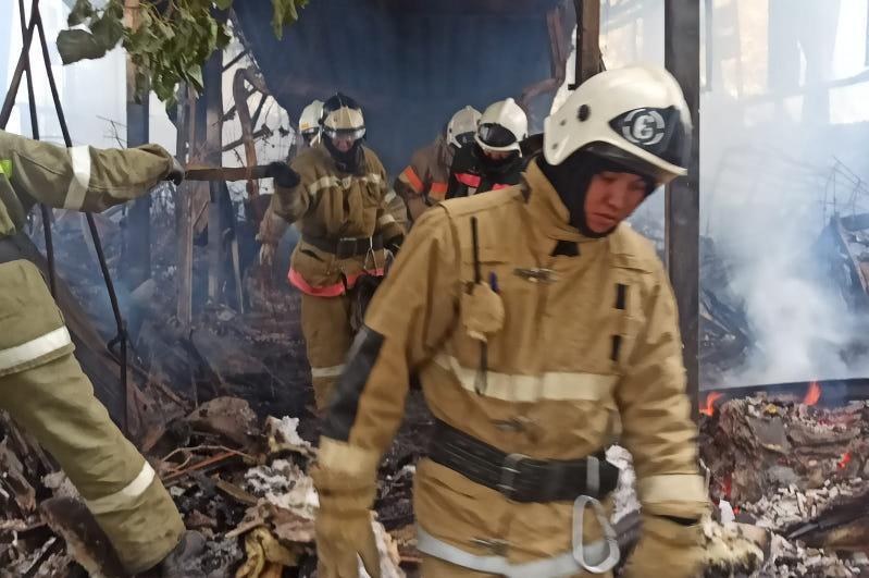 Пожар произошел в общежитии на месторождении «Боранколь»: два человека погибли