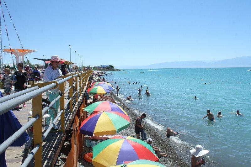 2021年夏季阿拉湖游客接待量超过百万人次