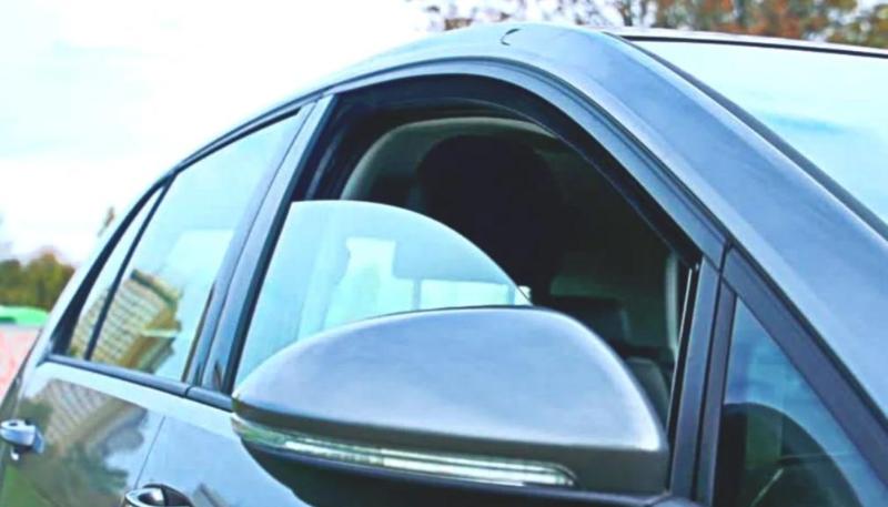 Открытыми продолжают оставлять свои машины павлодарцы