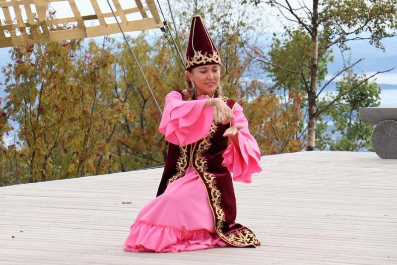 Kazakh culture presented at Oslo Rose Castle