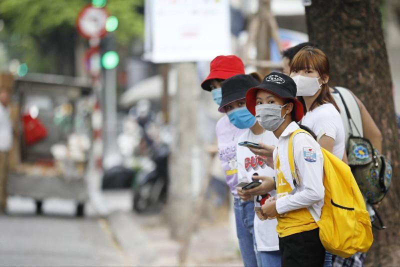 Локдауннан Вьетнамның ең ірі қаласының тұрғындары ашығуда