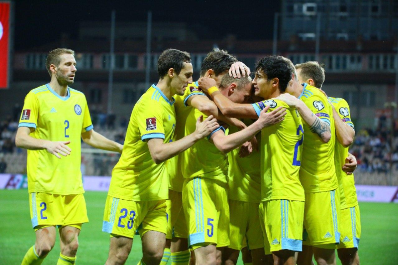 Сборная Казахстана по футболу сыграла вничью в матче против Боснии и Герцеговины