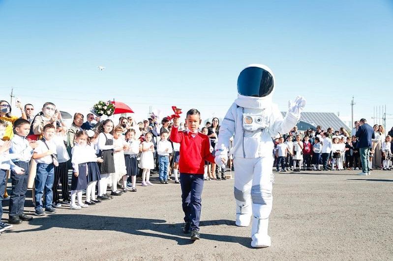 В Нур-Султане открылась космическая школа TamosSpaceSchool