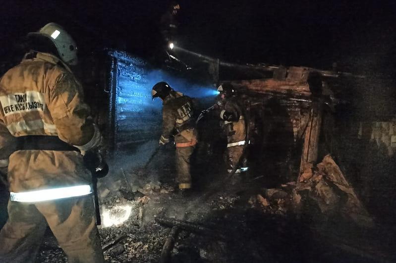 Мужчина и женщина погибли при пожаре в Акмолинской области