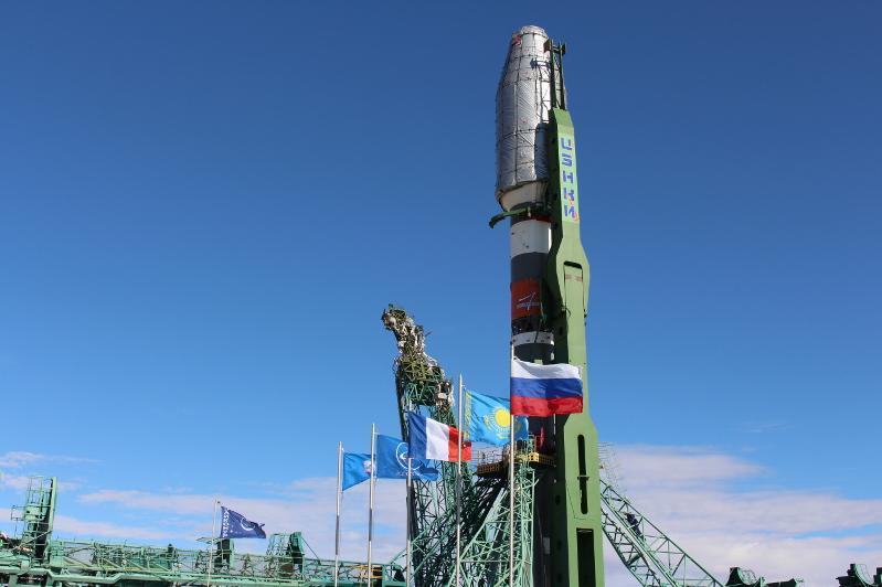 Ракета «Союз - 2.1б» с новой группировкой спутниковOneWebустановлена в Байконуре