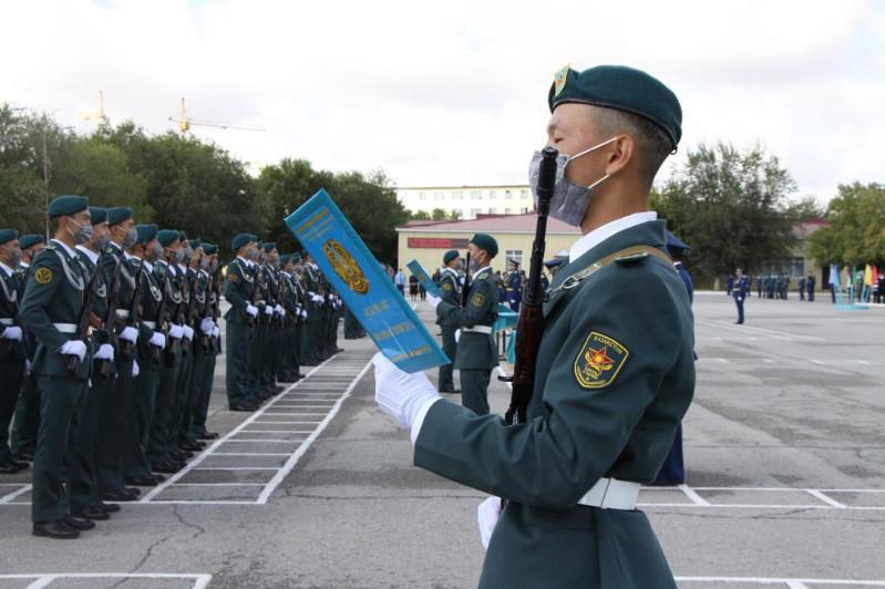 Курсанты военных вузов приняли присягу
