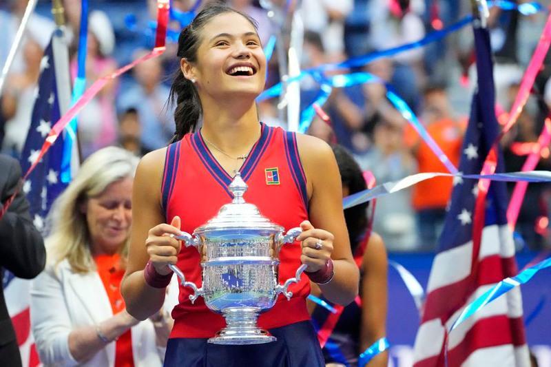 US Open: 18 jastaǵy tennısshi chempıon atanyp, rekordtyq nátıjege qol jetkizdi