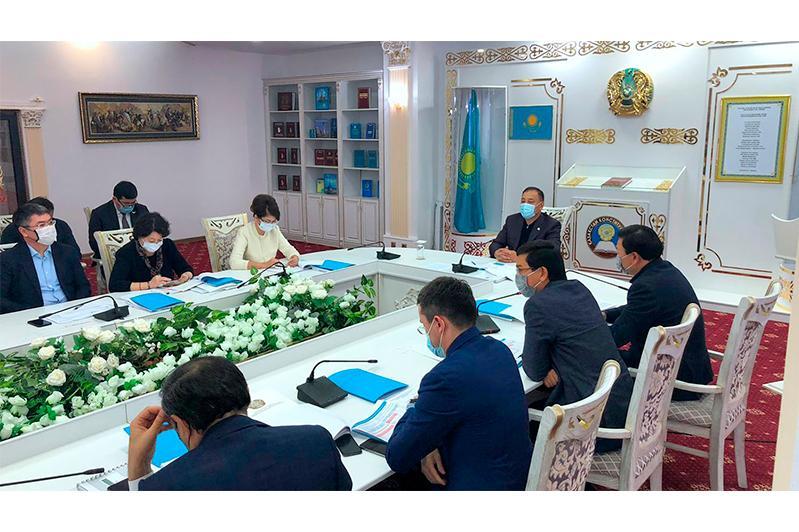 Ералы Тугжанов провел совещание по вопросам социальной сферы