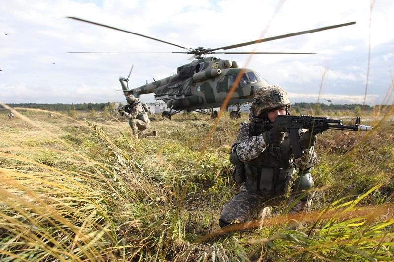 «Запад-2021»: десантники из Казахстана, России и Беларуси выполнили совместные задачи