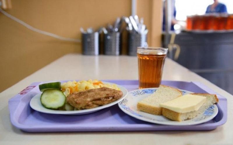 Разбирательства из-за некачественного обеда начали в павлодарском колледже