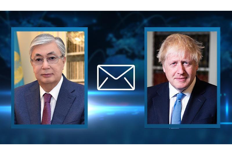 托卡耶夫总统向英国首相致慰问电