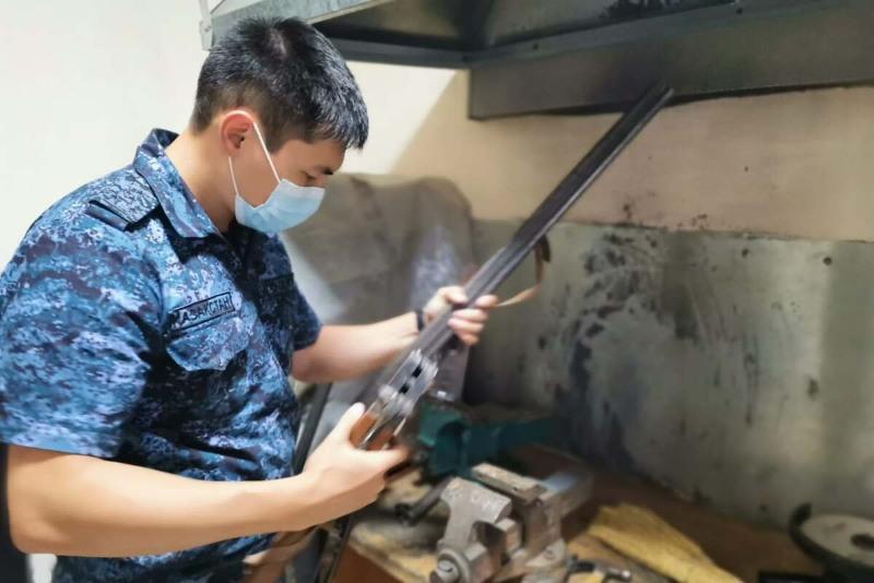 Оружие на пять млн тенге сдали в полицию жители Актюбинской области