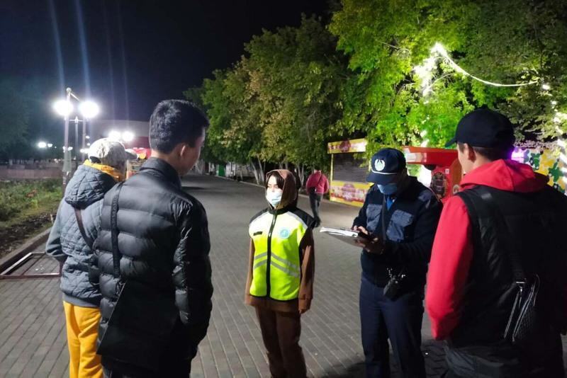 Находящихся ночью вне дома 68 подростков выявили в Актюбинской области