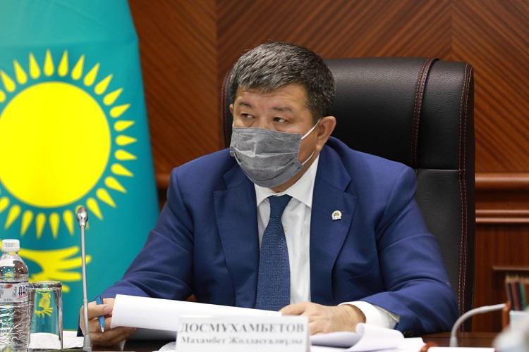 Махамбет Досмухамбетов потребовал строго соблюдать трудовое законодательство