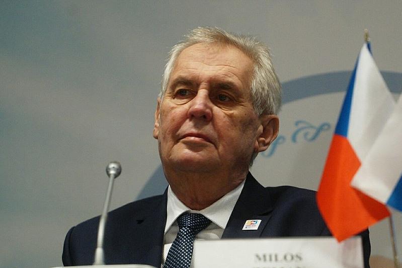 Чехия Президенти касалхонага ётқизилди