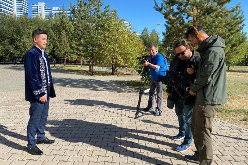 Туркиянинг TRT телеканали Нур-Султан шаҳри ҳақида кўрсатув тайёрламоқда