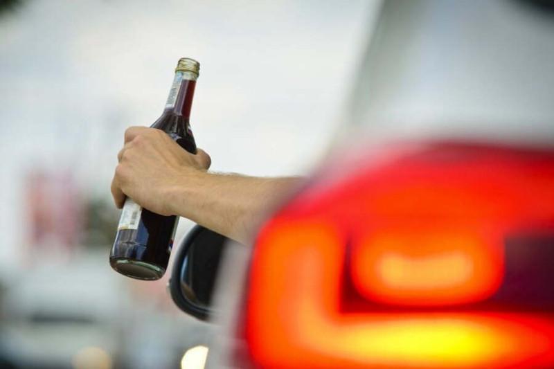 Лишенный прав пьяный водитель задержан в Актобе