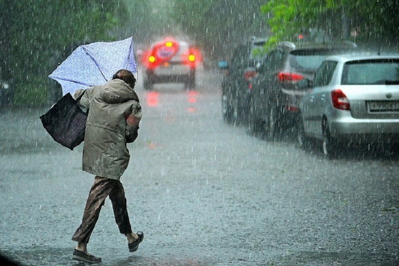 О шторме предупредили жителей восьми регионов Казахстана