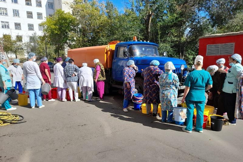 Из-за ремонта водопровода без воды остались жители нескольких районов Кокшетау