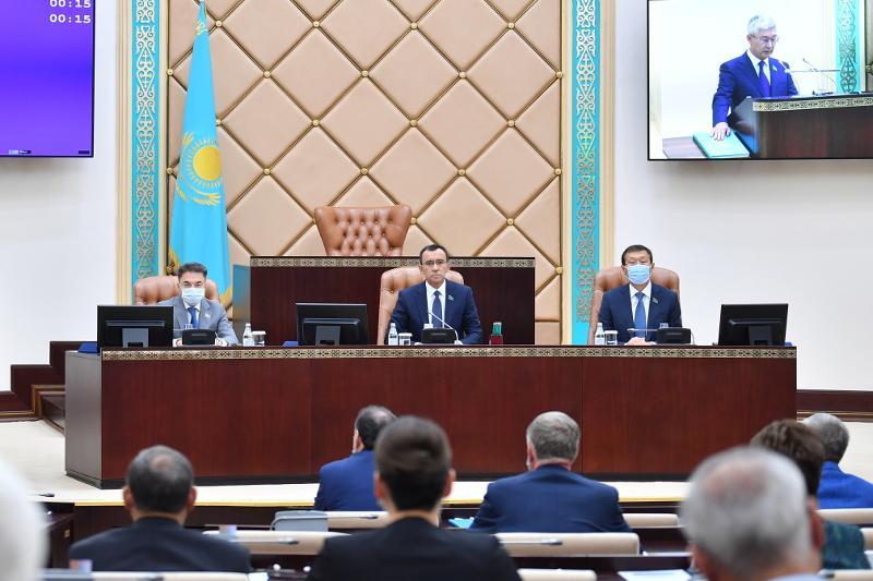 Сенаторы в первом чтении одобрили законопроектпоусилению социальной защиты граждан