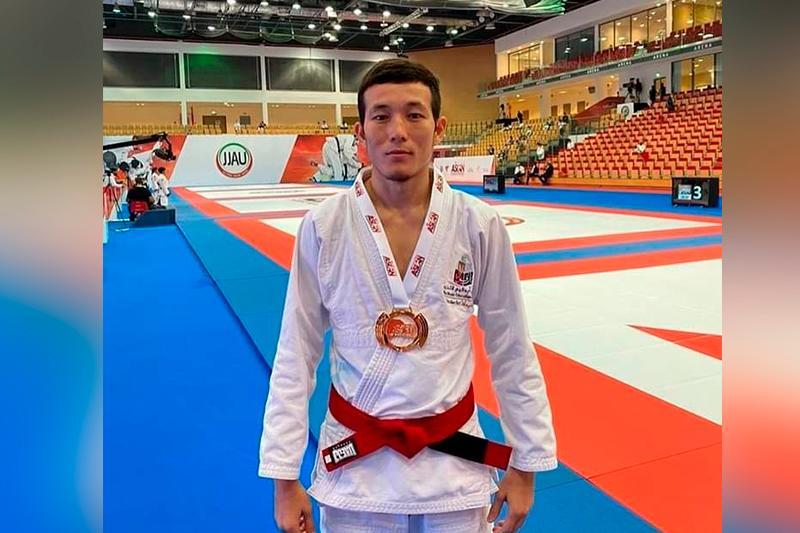 Қазақстандық джиу-джитсу спортшысы Азияның үш дүркін чемпионы атанды
