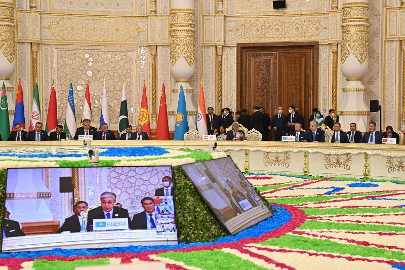 Следует инициировать неформальный диалог с новыми властями Афганистана - Президент РК