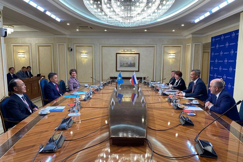 Аскар Шакиров встретился с первым заместителем председателя Совета Федерации ФС РФ