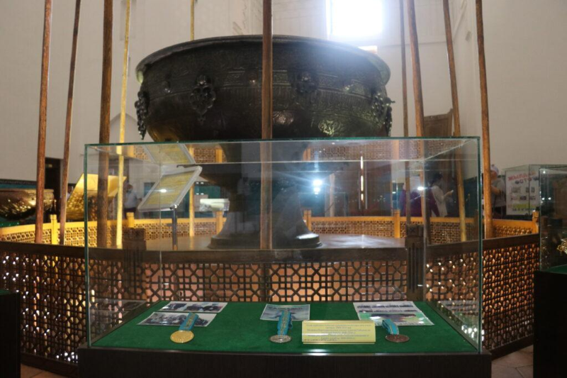 В мавзолее Ходжи Ахмеда Ясави открылась выставка, посвященная Тайказану