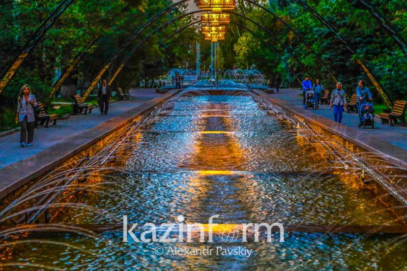 Almatyda jóndelgen skverler men áıgili sýburqaq ashyldy