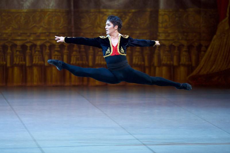 Ведущий солист «Астана Опера» Бахтияр Адамжан покоряет мировую сцену