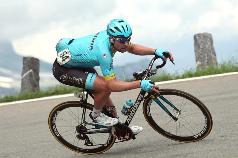 Казахстанские гонщики стартовали на ЧМ по велоспорту на шоссе