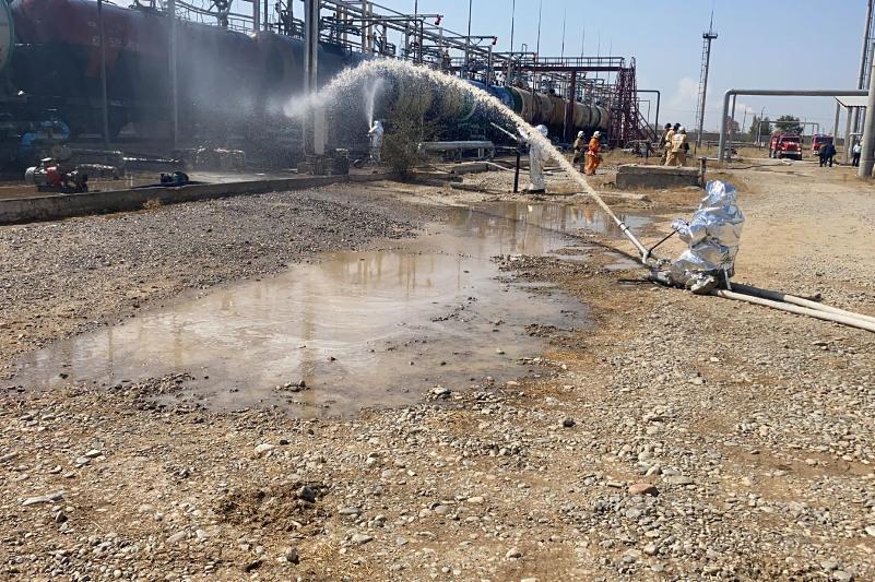 Взрыв цистерны с бензином 3,5 тонныпредотвратили вТуркестанской области