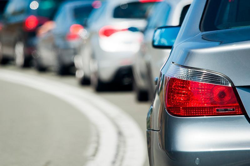 У неплательщиков штрафов изымают авто в Алматы