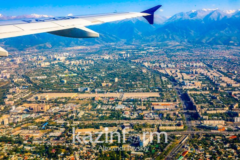19日共有5716名国际旅客飞抵哈萨克斯坦