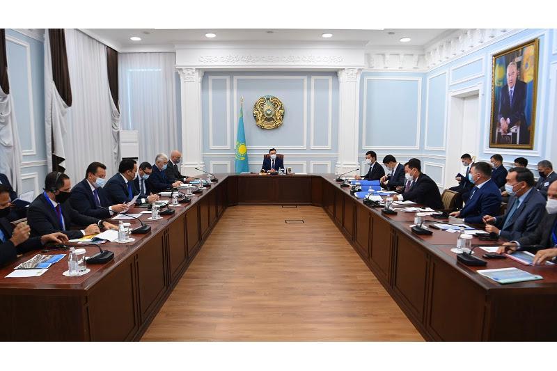 PM Mamin pays working visit to West Kazakhstan region