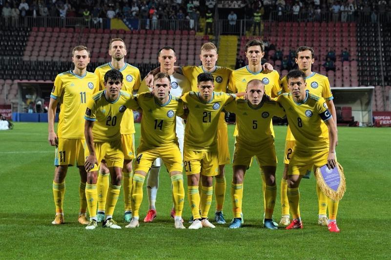 Команда Казахстана по футболу поднялась четыре позиции в рейтинге FIFA