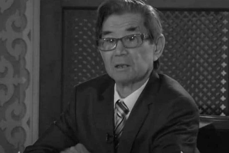 托卡耶夫总统就著名作家尼亚孜别克逝世致唁电