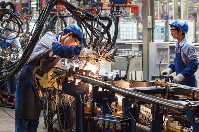 哈萨克斯坦工业生产实现稳定增长