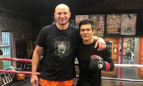 Danııar Eleýsinov pen Ivan Dychko boks keshinde sharshy alańǵa shyǵatyn boldy