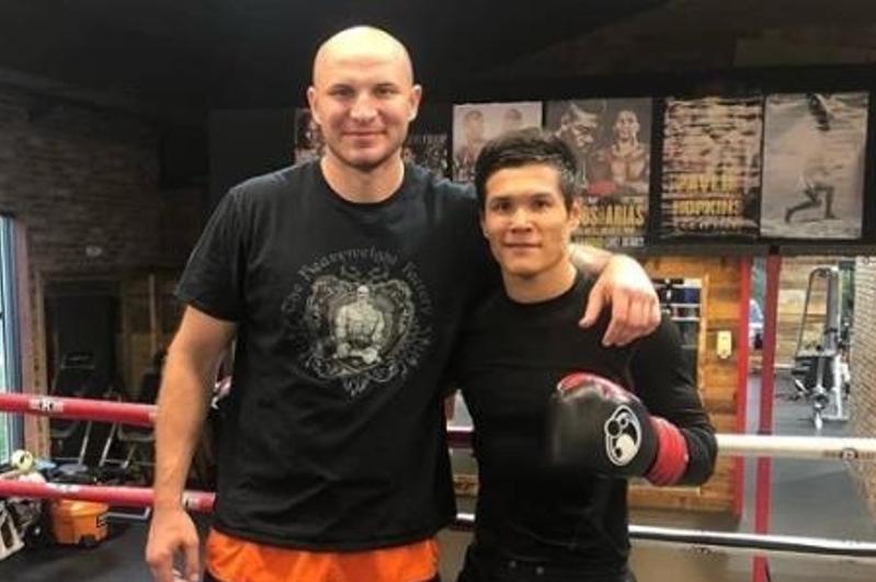 Данияр Елеусинов и Иван Дычко выйдут на ринг на одном вечере бокса