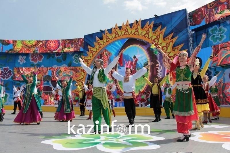 День языков народа Казахстана отмечают в Павлодаре