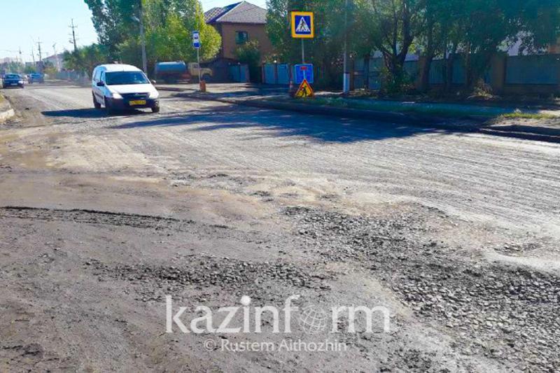 Сельские дороги ремонтируют в Карагандинской области
