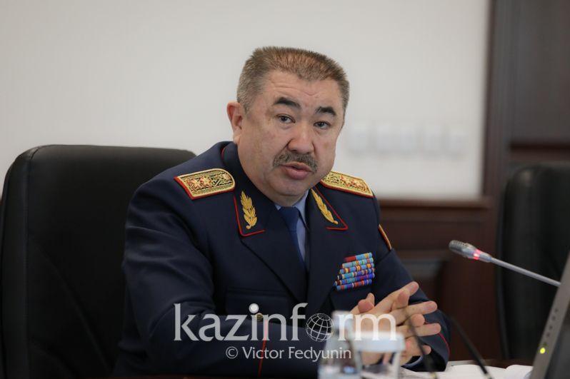 Глава МВД выразил соболезнования семьям погибших при стрельбе в Алматы