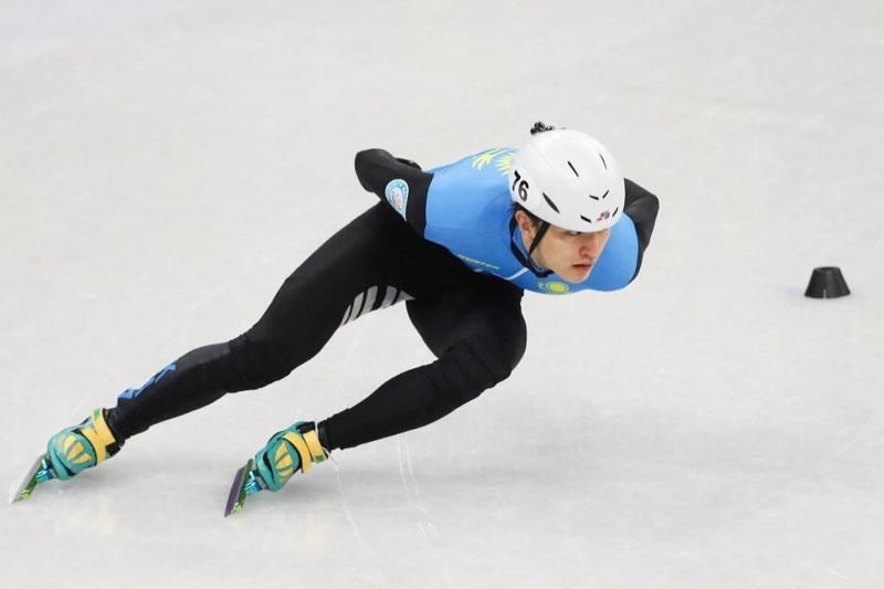 Сборная Казахстана по шорт-треку начала отбор в олимпийский состав