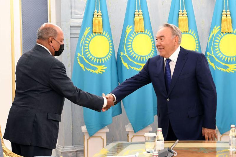 Nursultan Nazarbayev meets with Sir Suma Chakrabarti