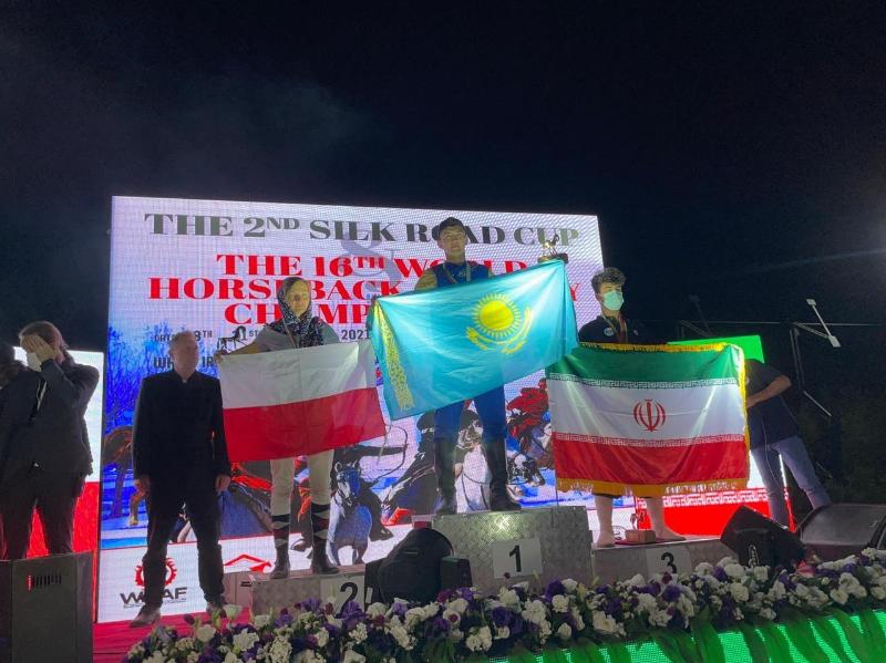 哈萨克斯坦在世界骑射大赛夺得3枚奖牌