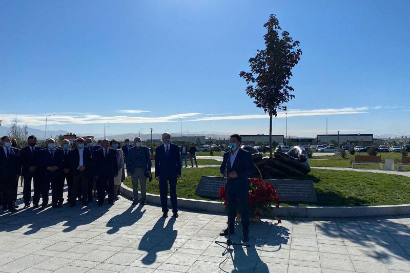 Almaty oblysynda koronavırýspen betpe-bet kelgen medqyzmetkerlerge arnalǵan alleıa ashyldy