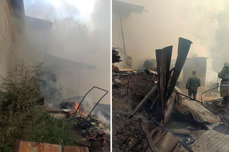 26 человек тушили пожар в частном доме в Алматы