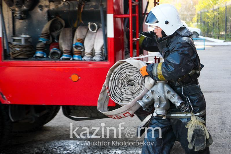 О крупных пожарах на хозобъектах рассказали в МЧС РК